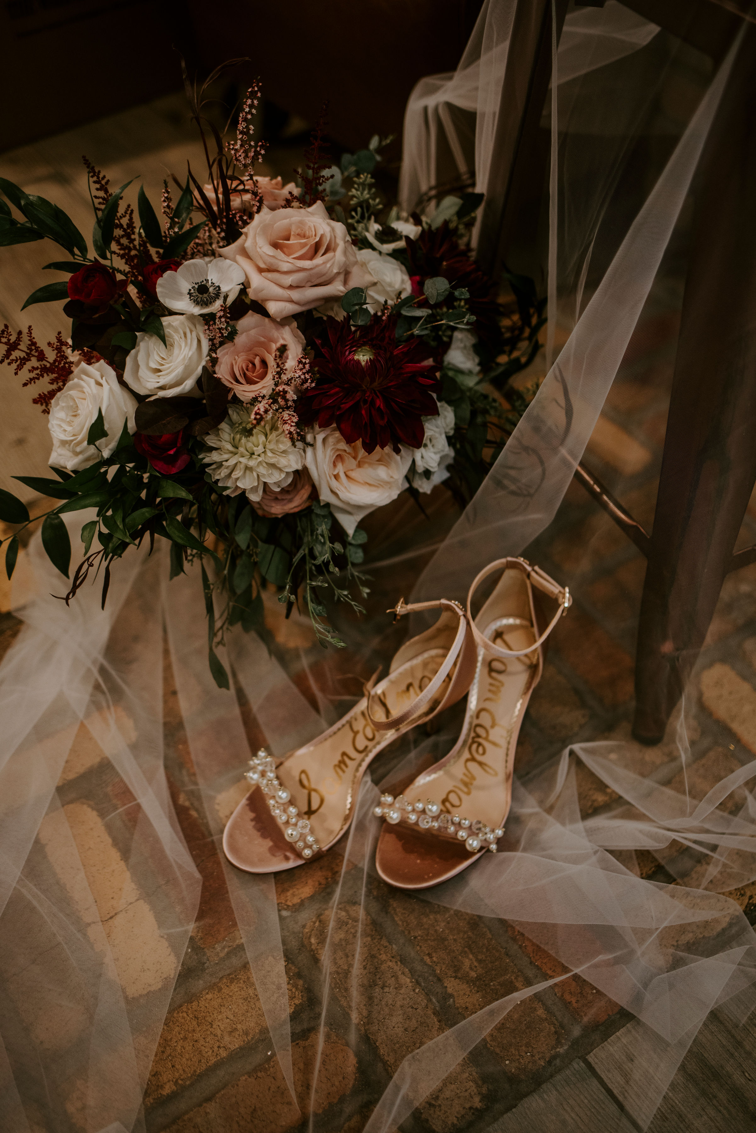 della_terra_chateau_estes_park_wedding_photographer371.jpg