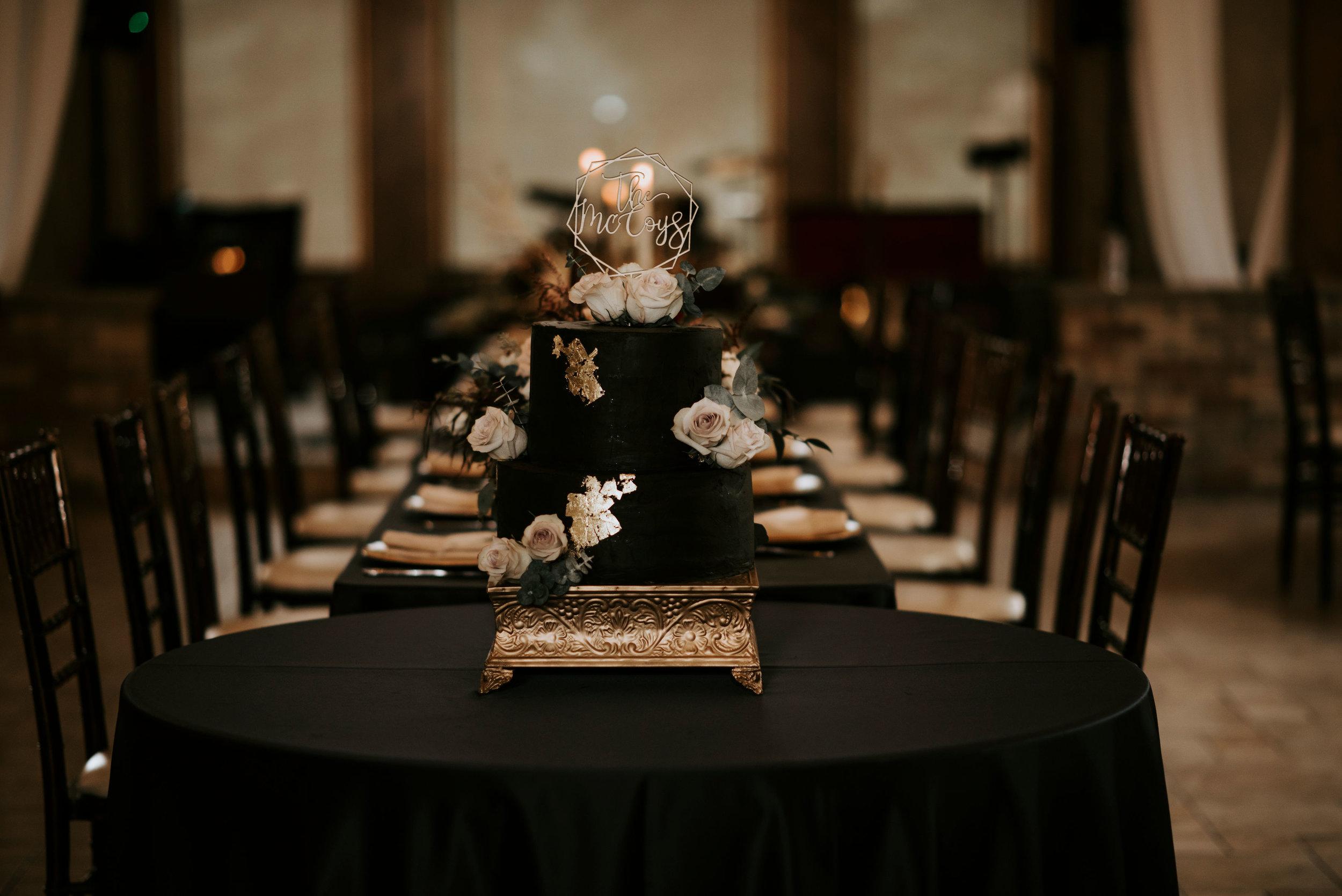 della_terra_chateau_estes_park_wedding_photographer1.jpg
