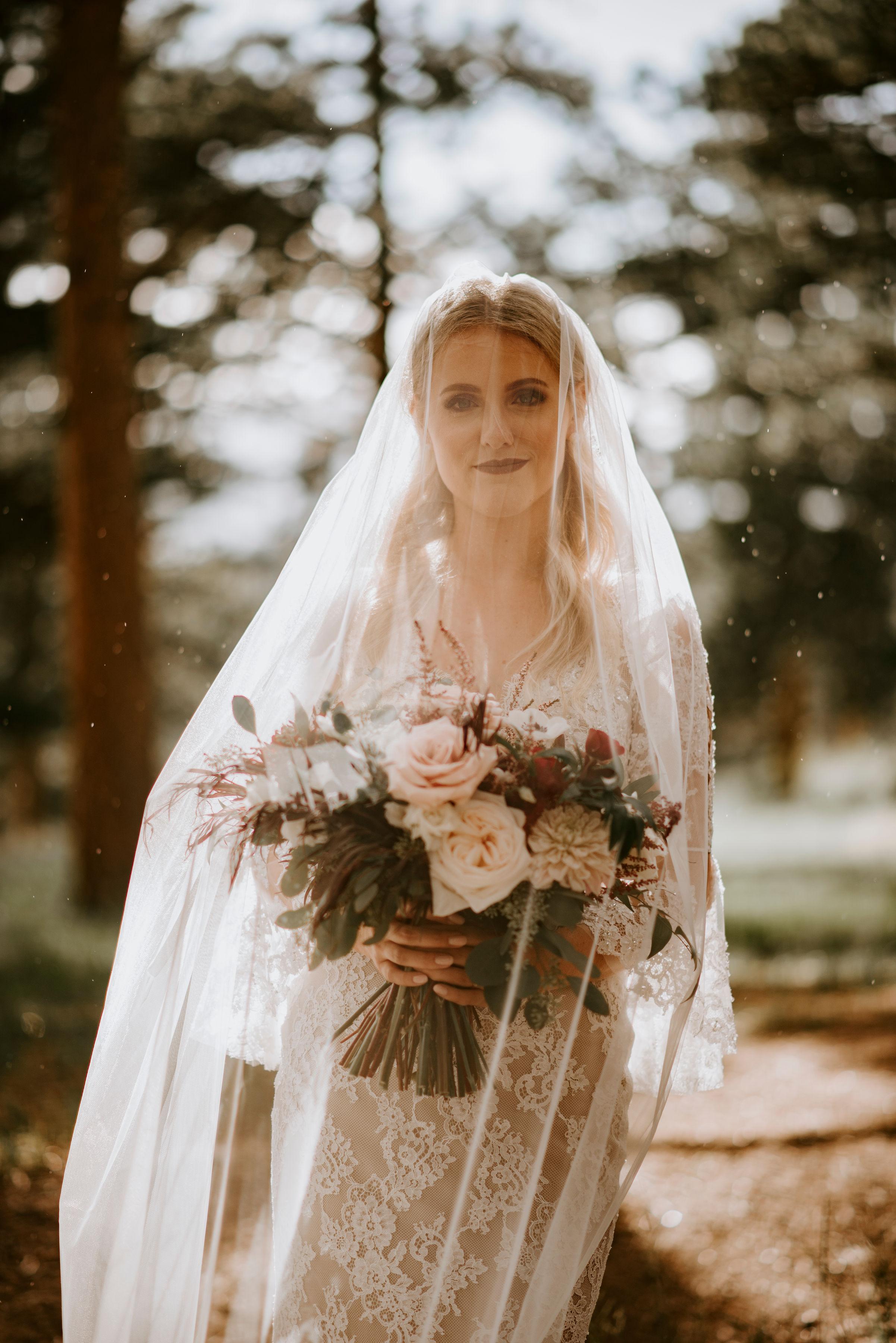 della_terra_chateau_wedding_photographer150.jpg