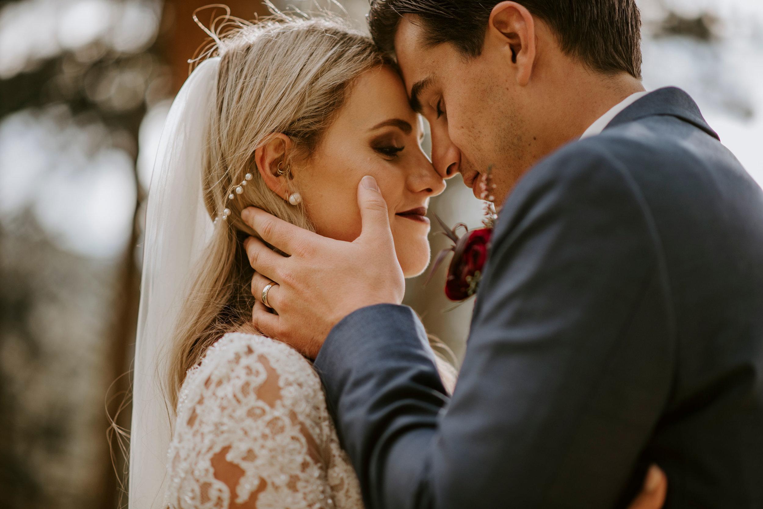 della_terra_chateau_wedding_photographer164.jpg