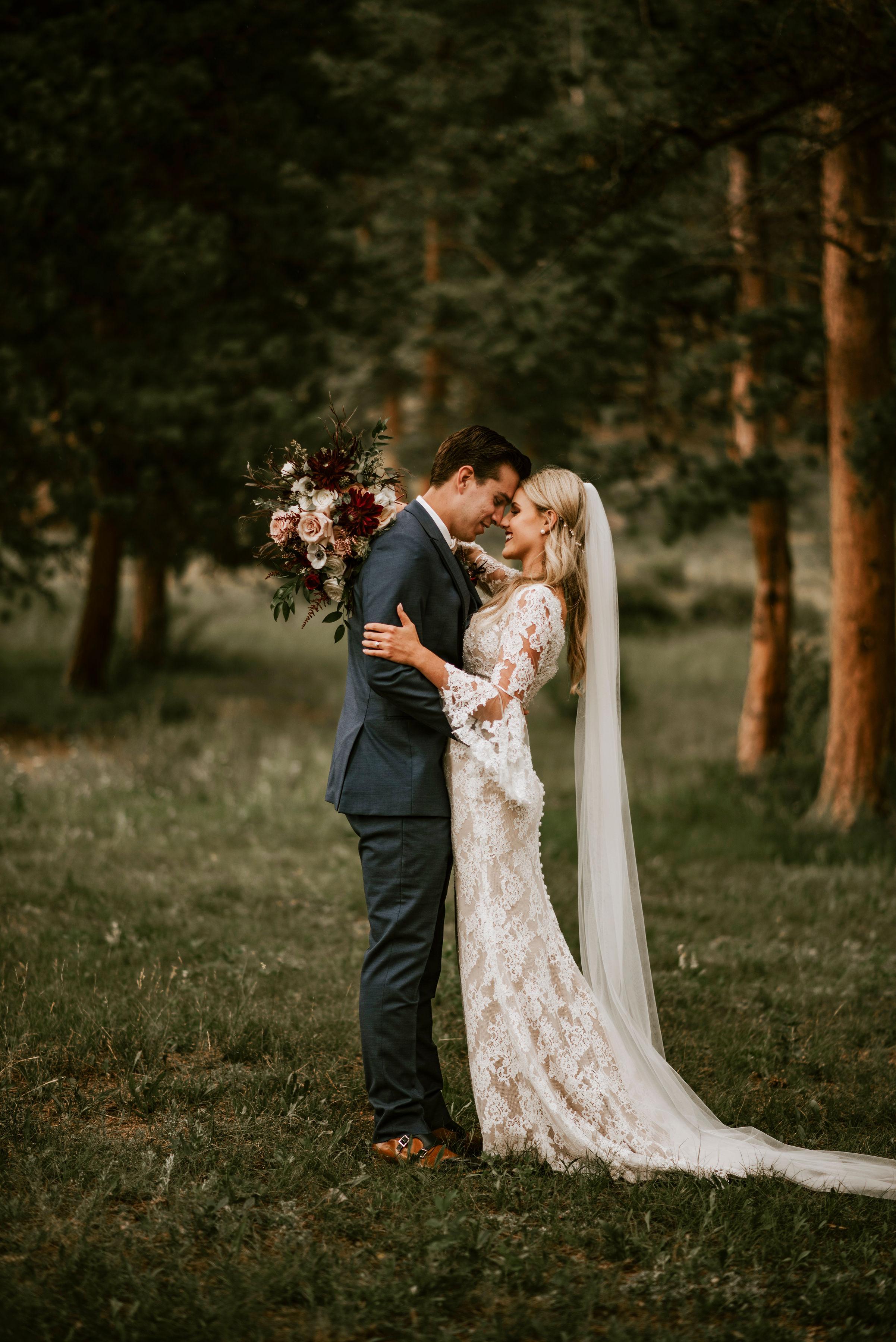 della_terra_chateau_wedding_photographer183.jpg