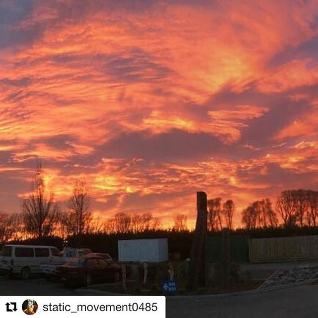 #Repost @static_movement0485 with @get_repost ・・・ Sunrise New Zealand people!!!! #Duncannon #sunrise #nofilter #onlymarlborough