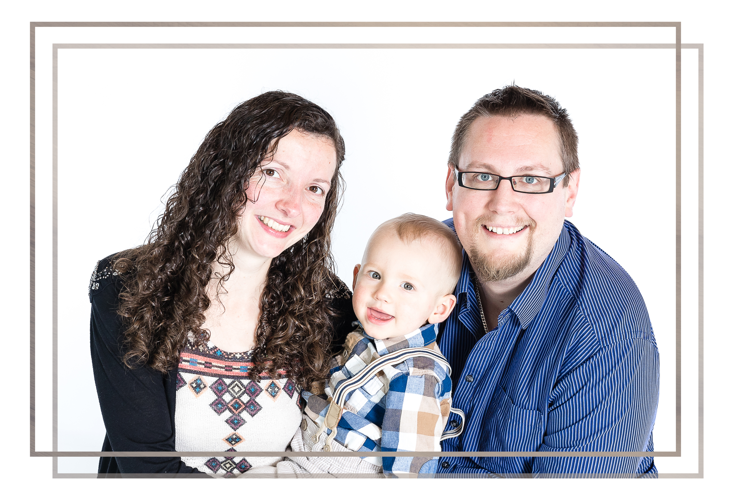 "ANNUAL PACKAGE - Find out all about the ""My First Year"" package. Get a years worth of photo sessions at a discounted price!"