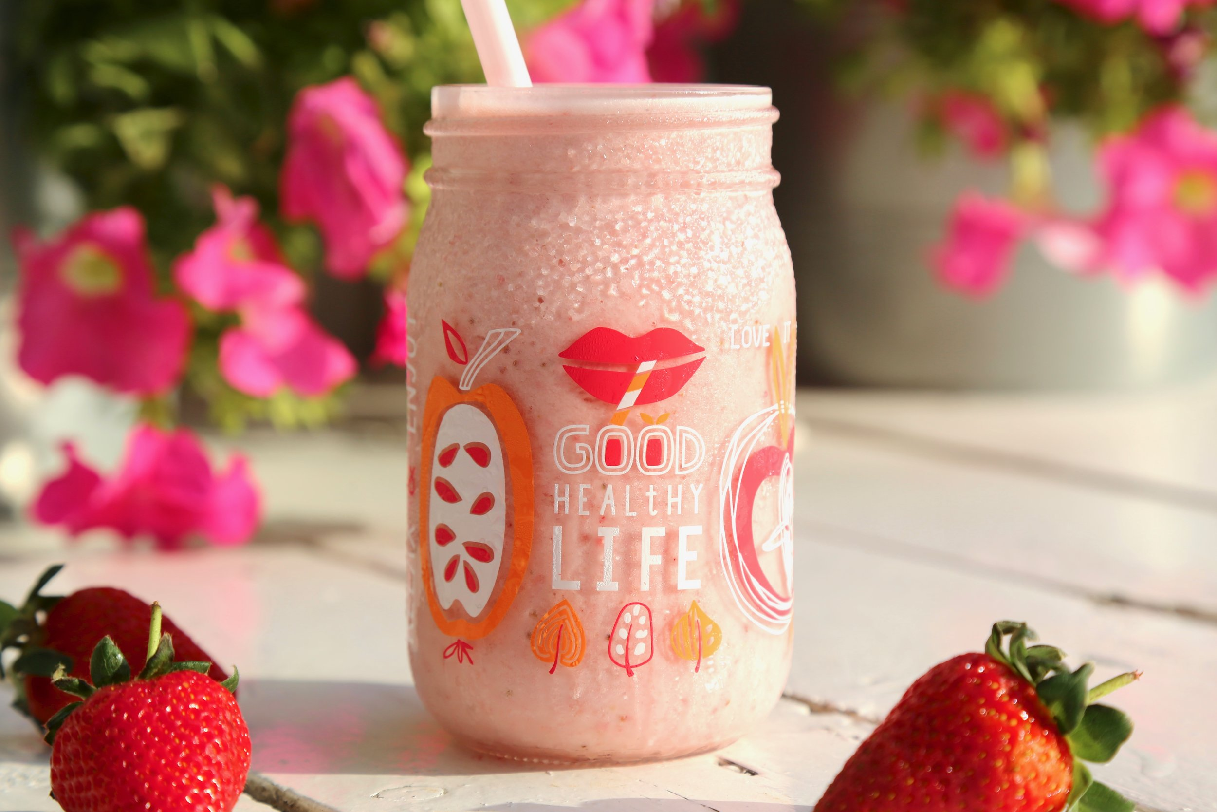 Kids Dream: Strawberry blended with milk & honey