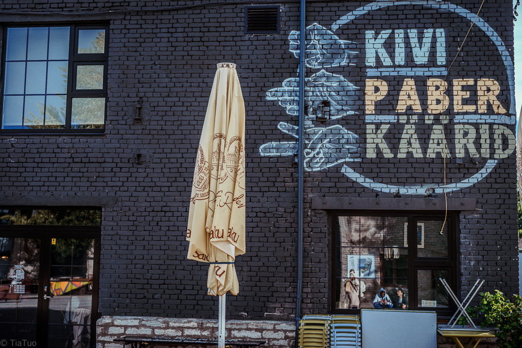 Stylish Kivi Paber Käärid restaurant