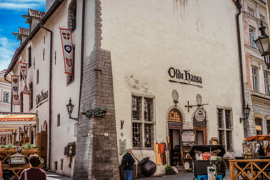 One of the most famous restaurants in the Old Town, Olde Hansa