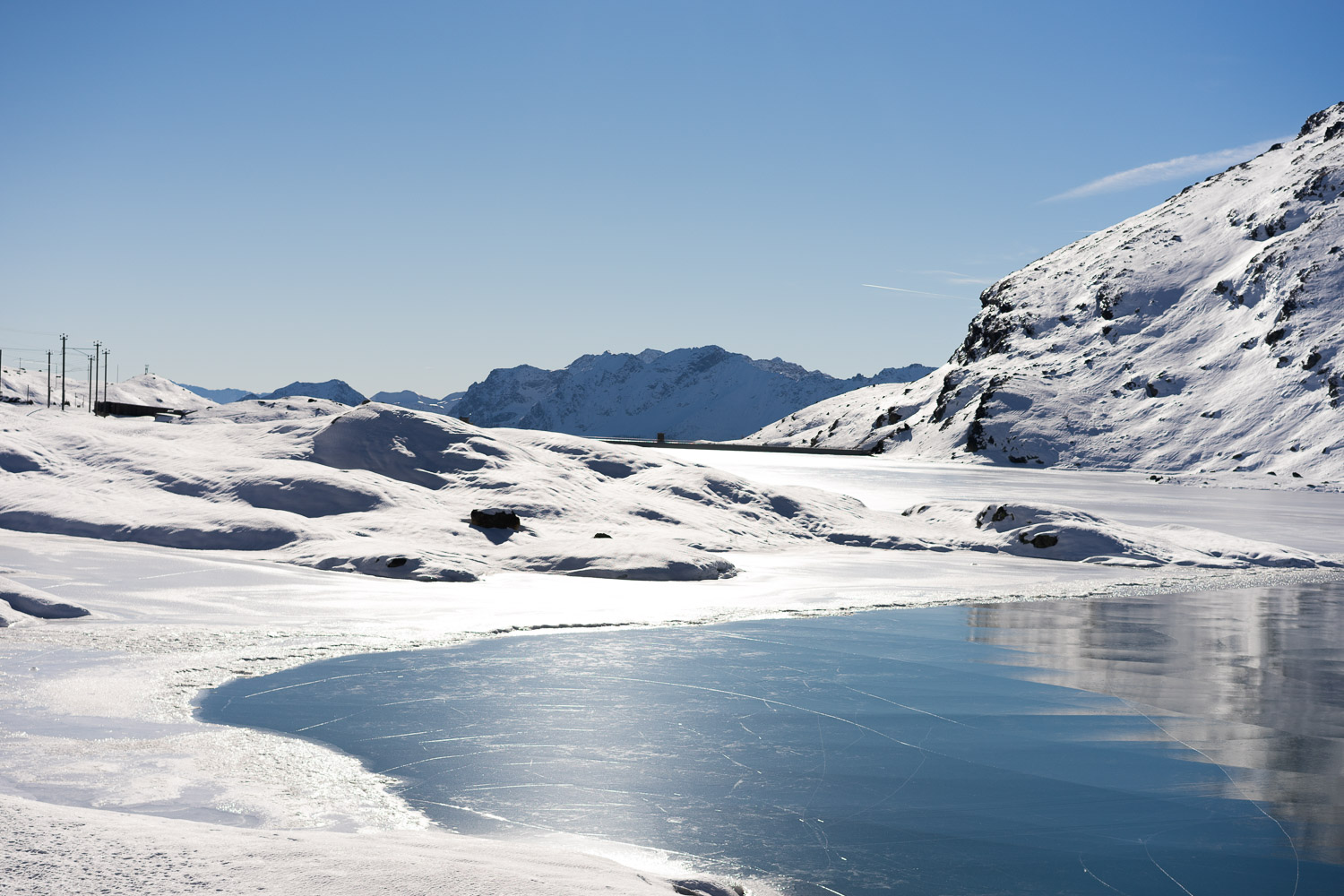 Frozen lake up in the mountains