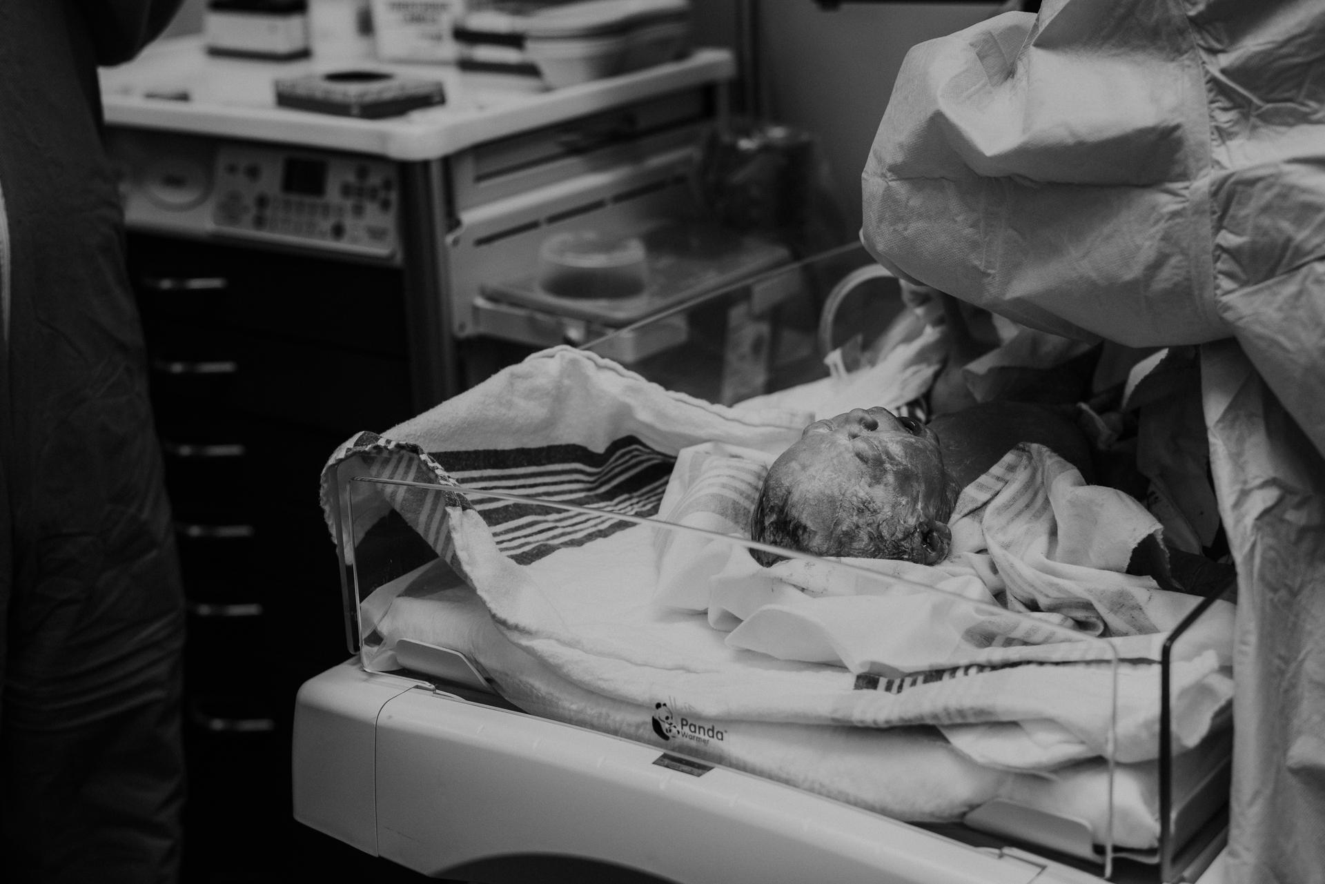 Emmett Birth Cincinnati Birth Photographer -31.JPG