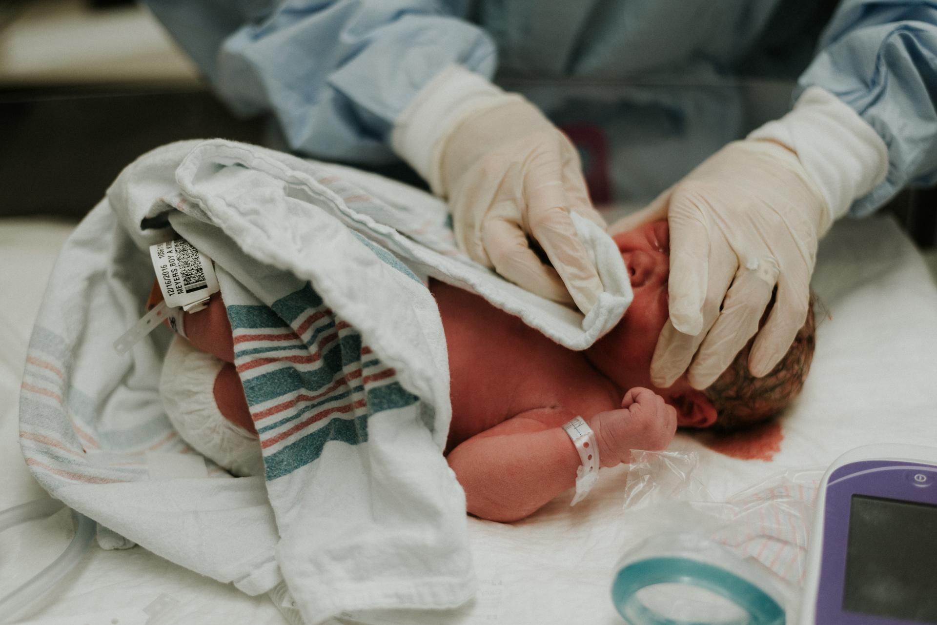 Emmett Birth Cincinnati Birth Photographer -78.JPG
