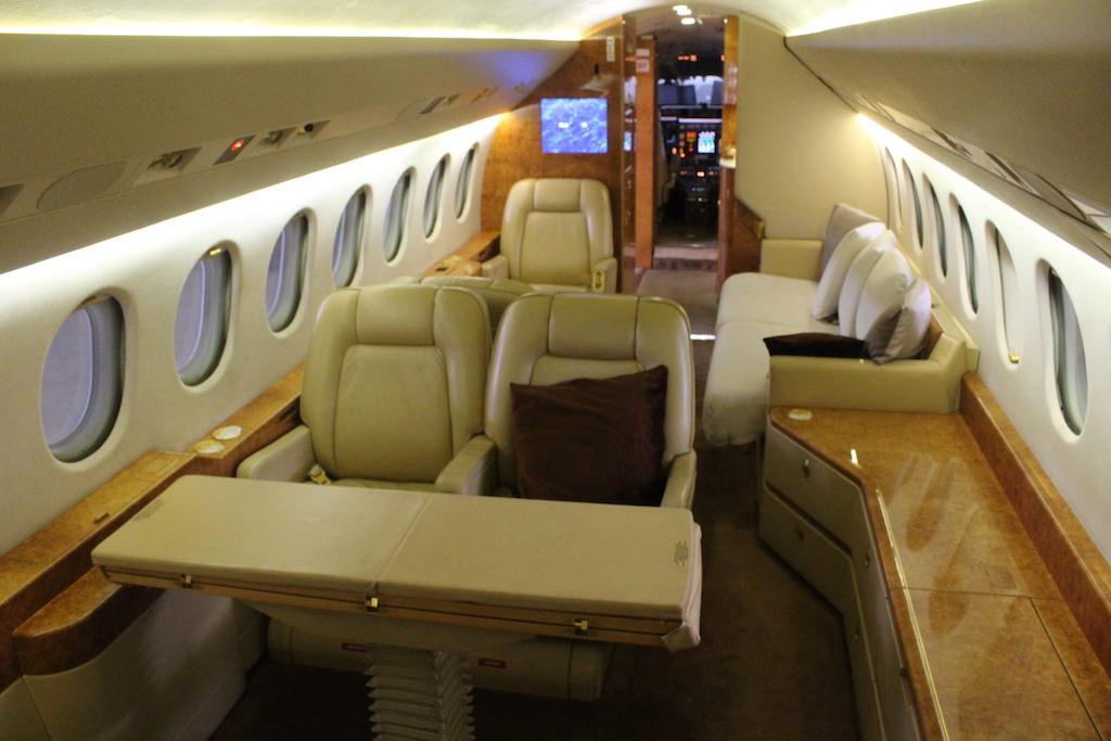 Falcon 900EX 75 07.JPG
