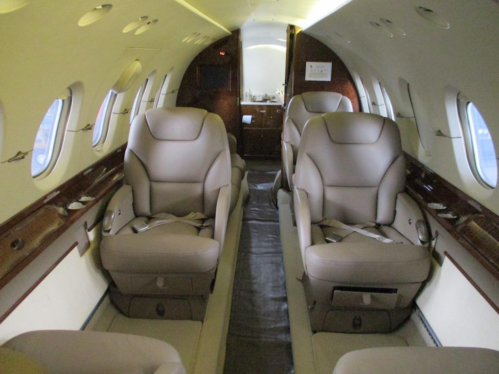 2003 Hawker 800XP Winglets 09a.jpeg