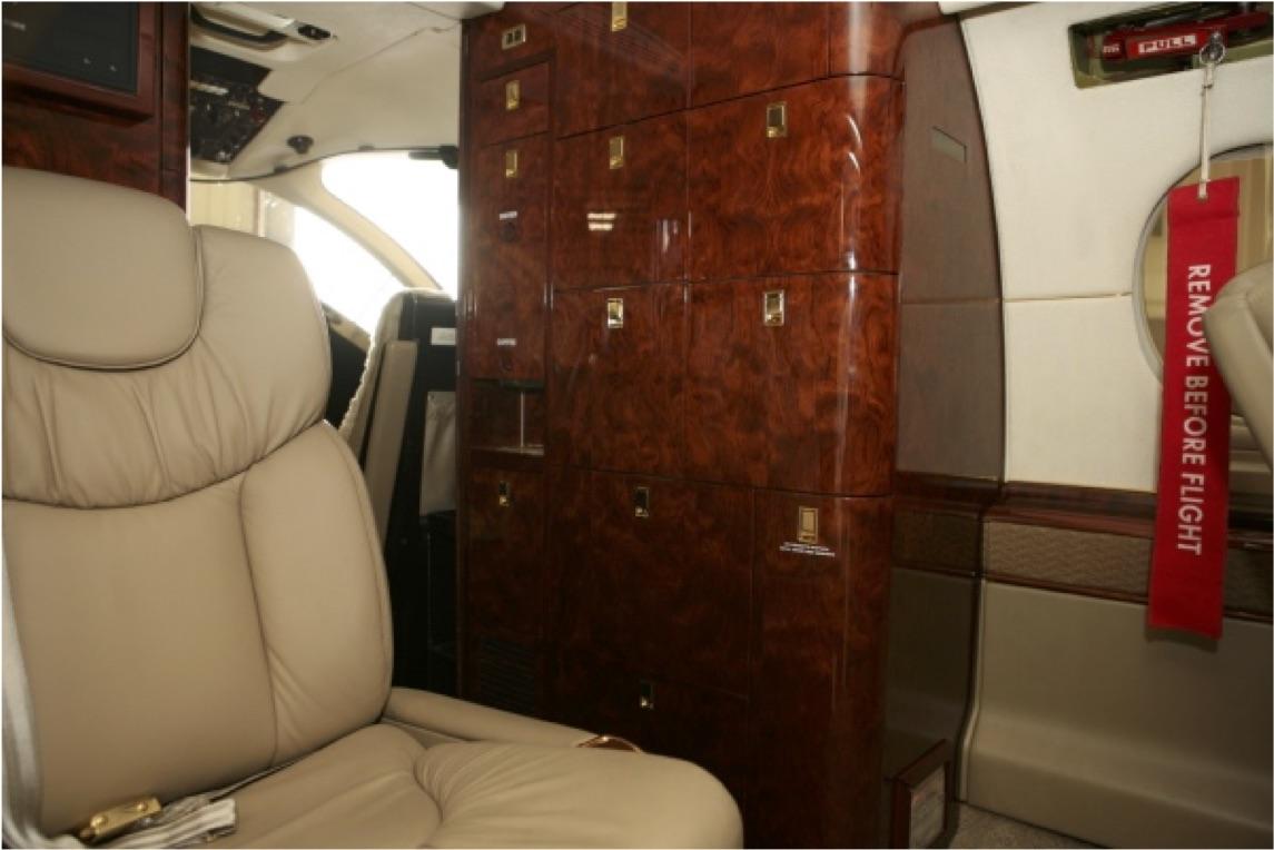 2000 Beechjet 400A RK-293 For Sale 04.jpg