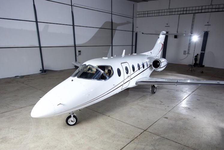 2001 Beechjet 400A RK-318.jpg