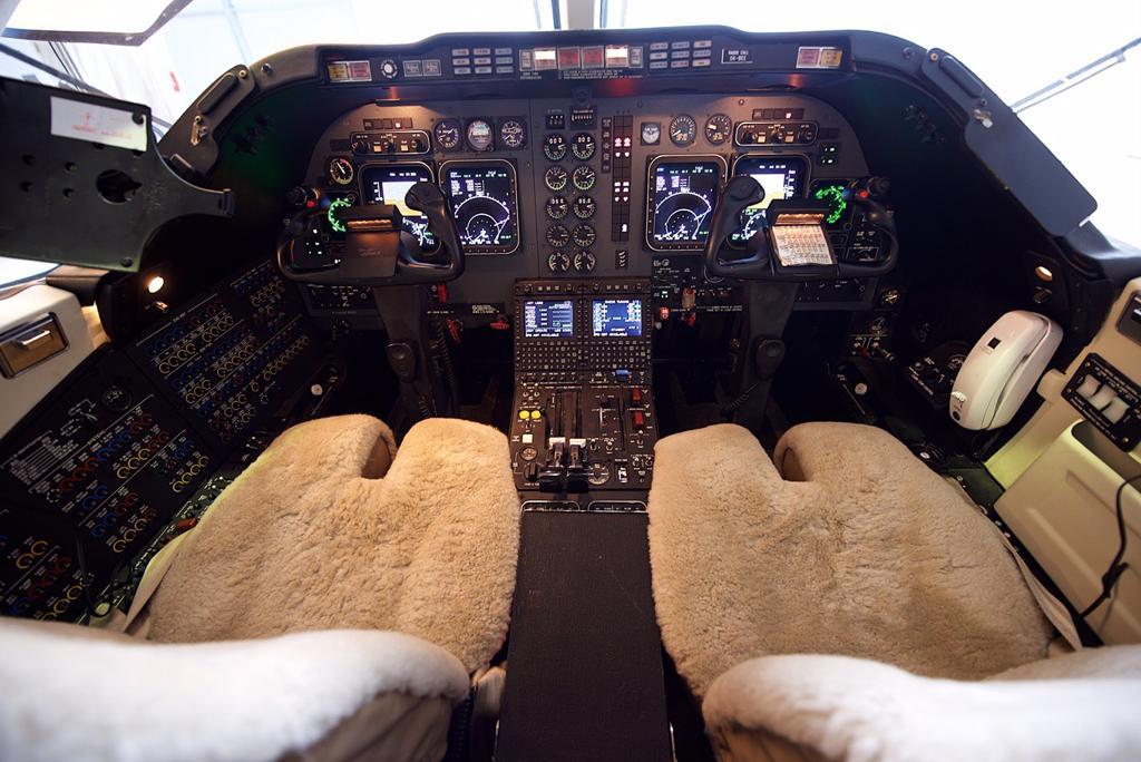 2001 Beechjet 400A RK-318-0a.jpeg