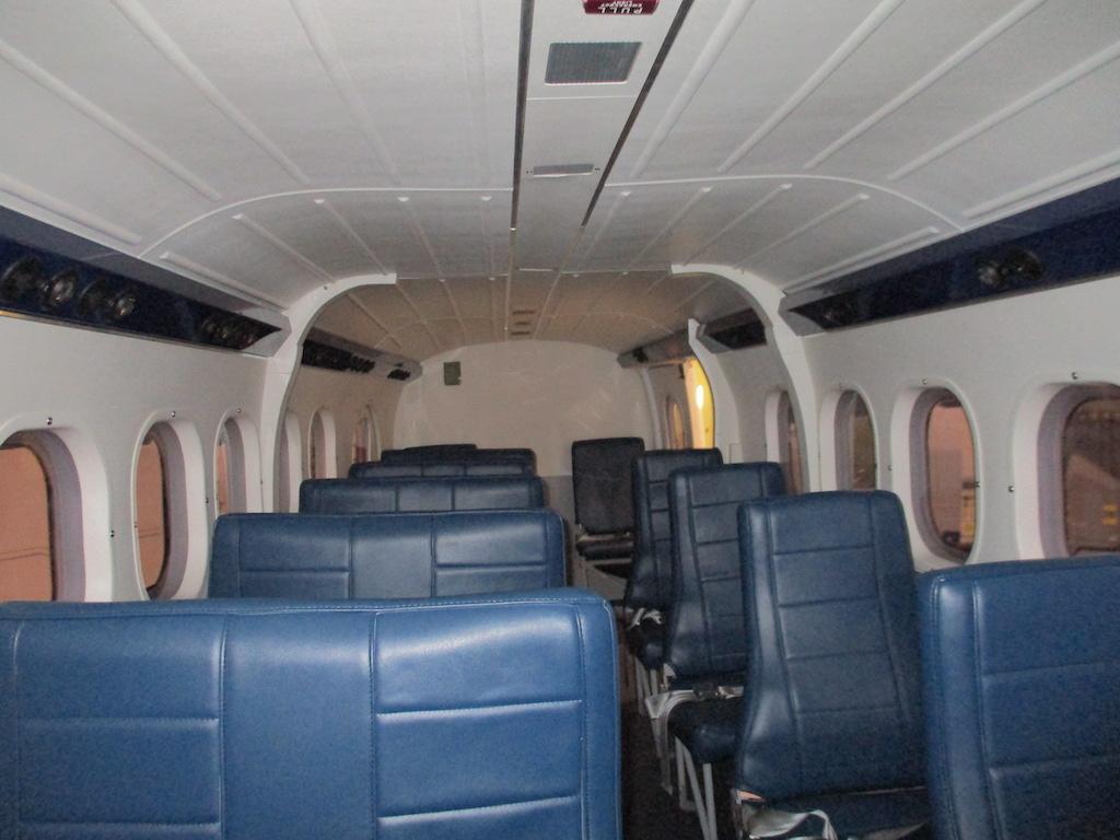 1978 De Havilland Twin Otter DHC-6-300 SN 593-10.JPG