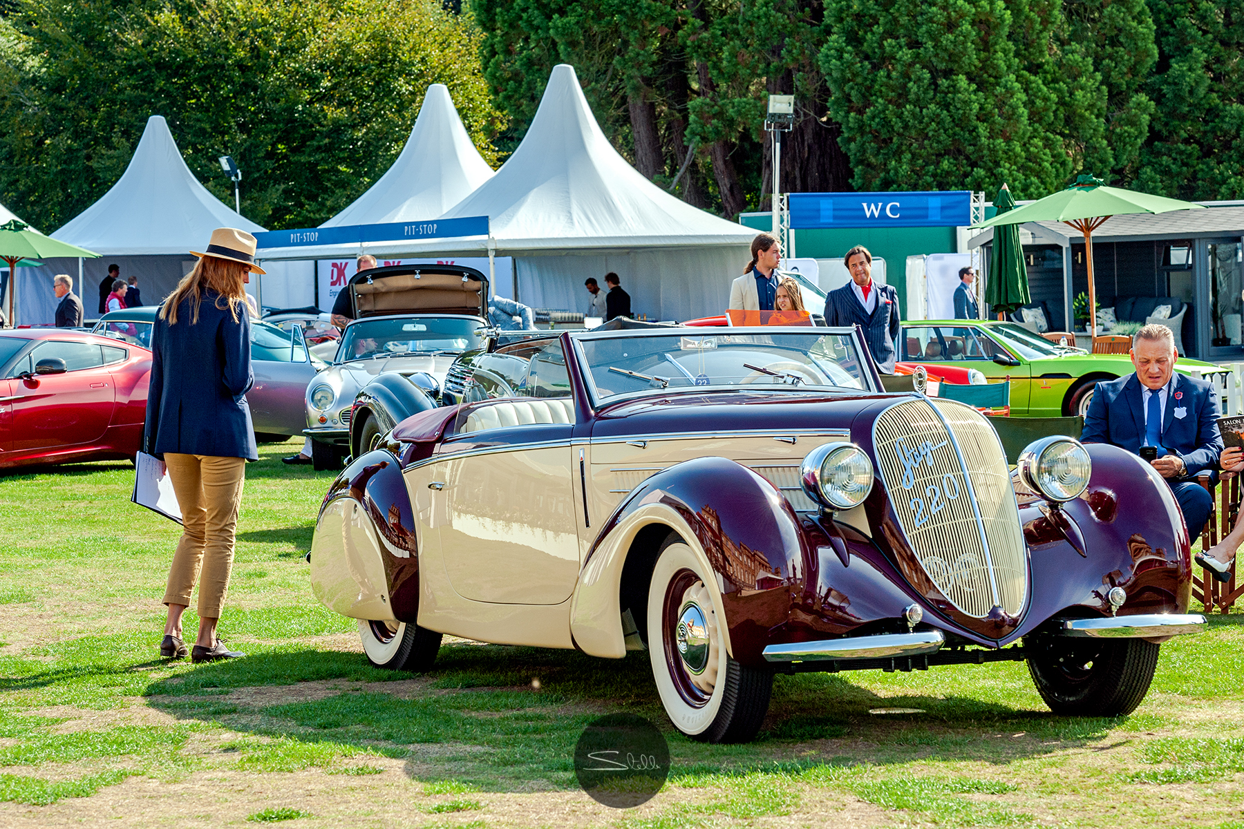 Stella Scordellis Salon Prive 2018 19 Watermarked.jpg