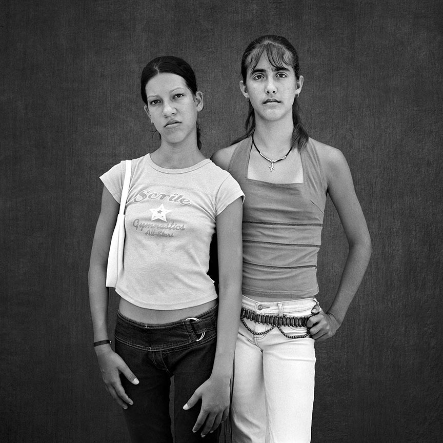 Yisel and Lorena, series La Milagrosa