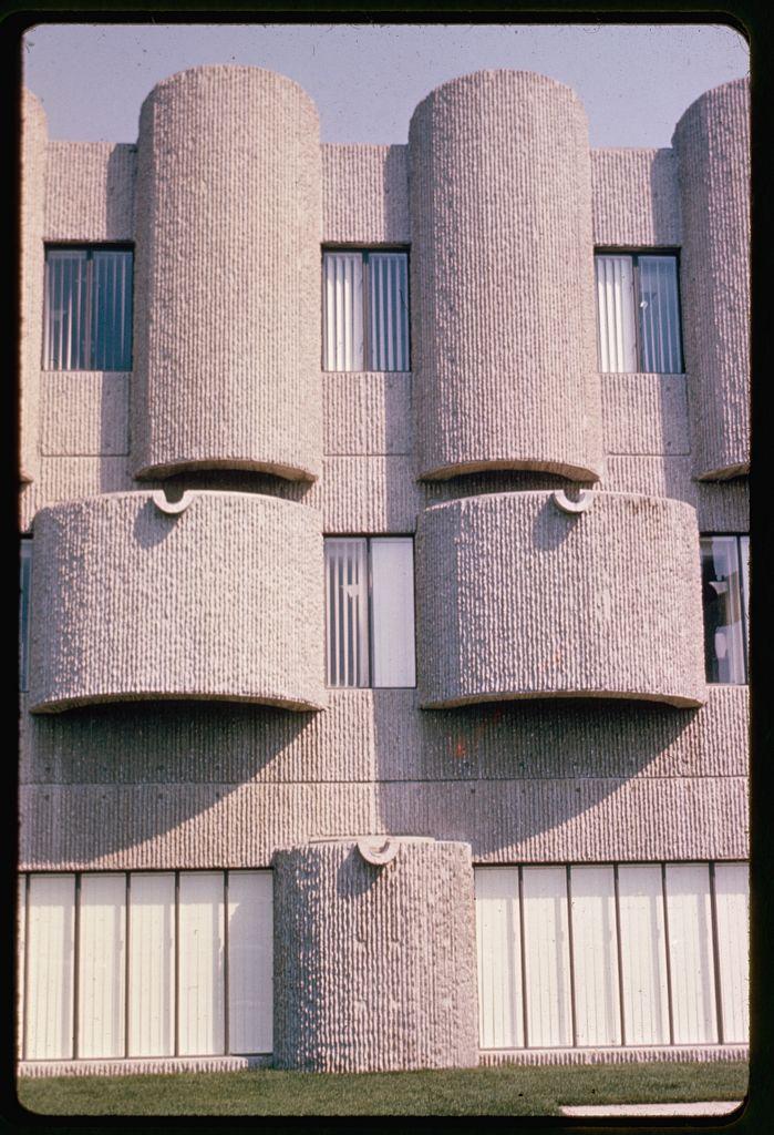 Exterior turrets