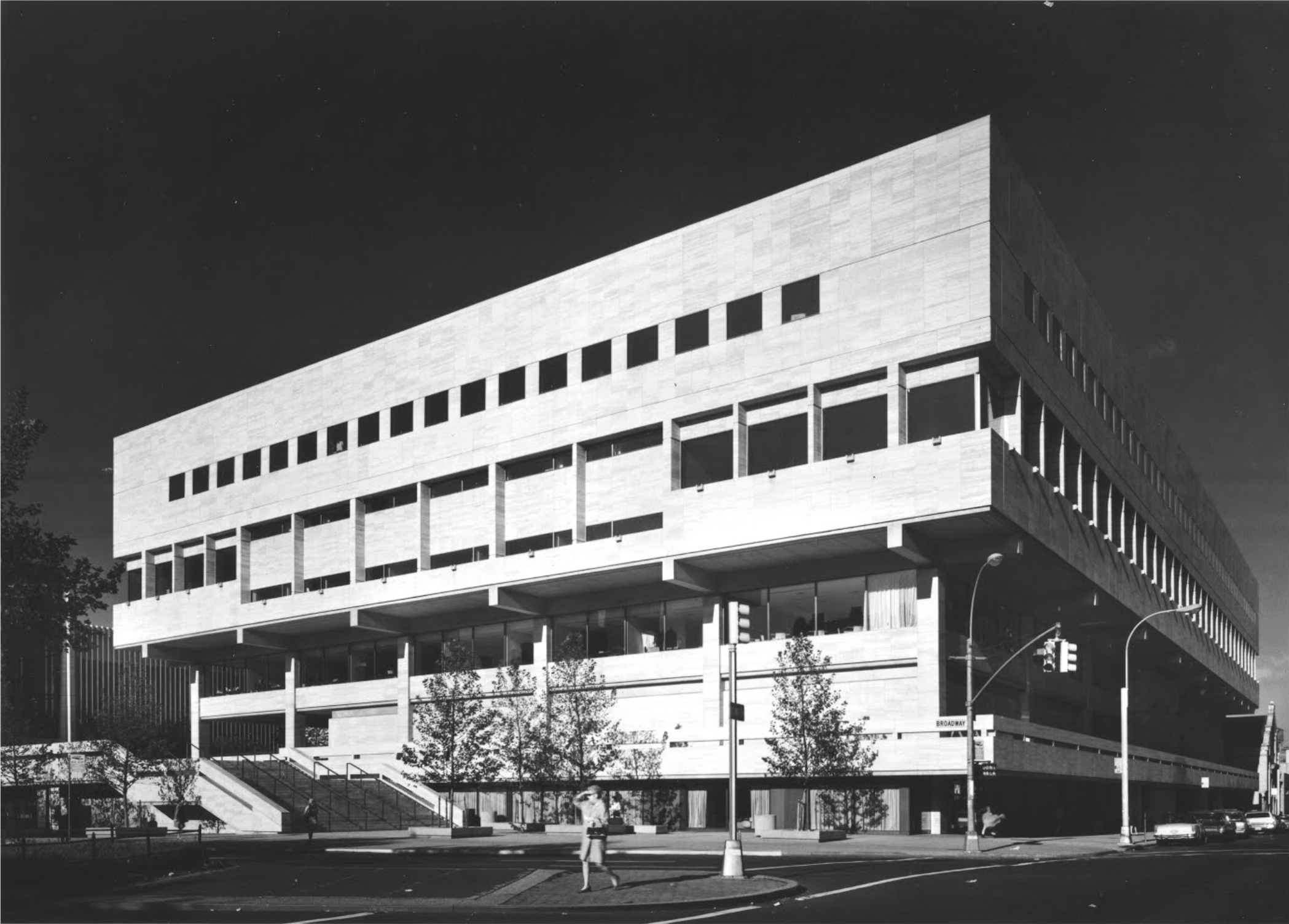View of The Juilliard School, looking southwest, which shows the Broadway entrance to the school. Credit: Ezra Stoller, From the collection of Lincoln Center for the Performing Arts.
