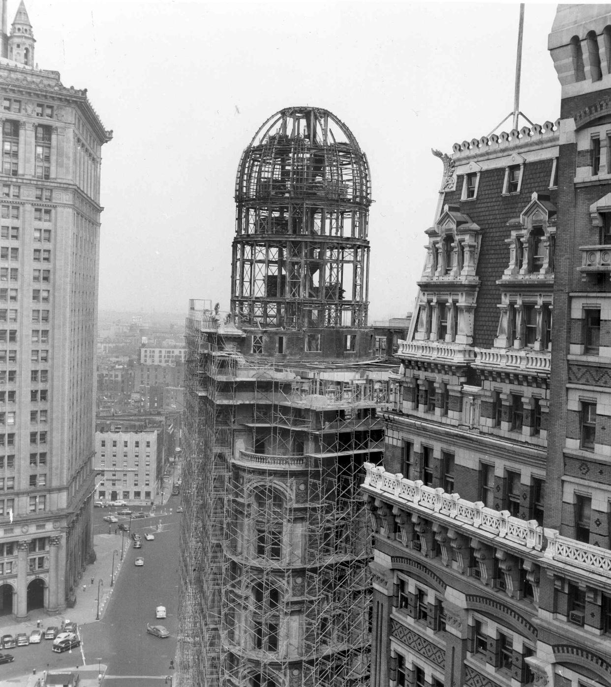 World Building demolition, 1955. Tribune Building on the right before demolition.
