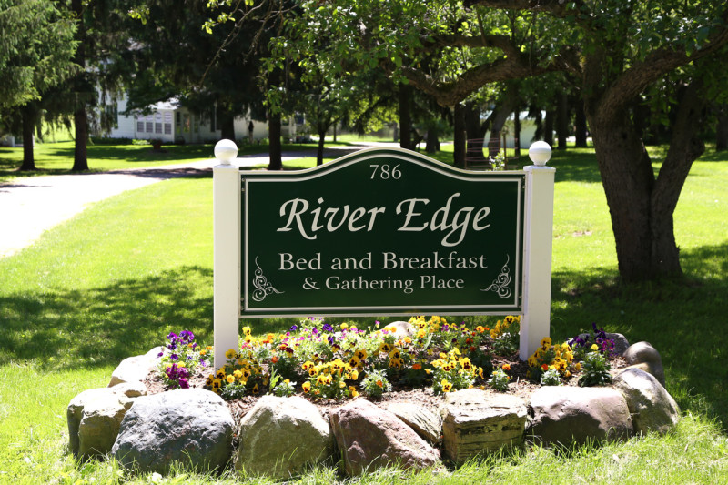 river edge bed and breakfast, river edge bed and breakfast wedding, wedding river edge bed and breakfast, wedding lowell michigan, lowell michigan wedding, grand rapids wedding, wedding grand rapids, outdoor wedding grand rapids, grand rapids outdoor wedding, outdoor wedding venue grand rapids, grand rapids outdoor wedding venue, outdoor wedding lowell, lowell outdoor wedding, outdoor wedding lowell michigan, lowell michigan outdoor wedding (31)