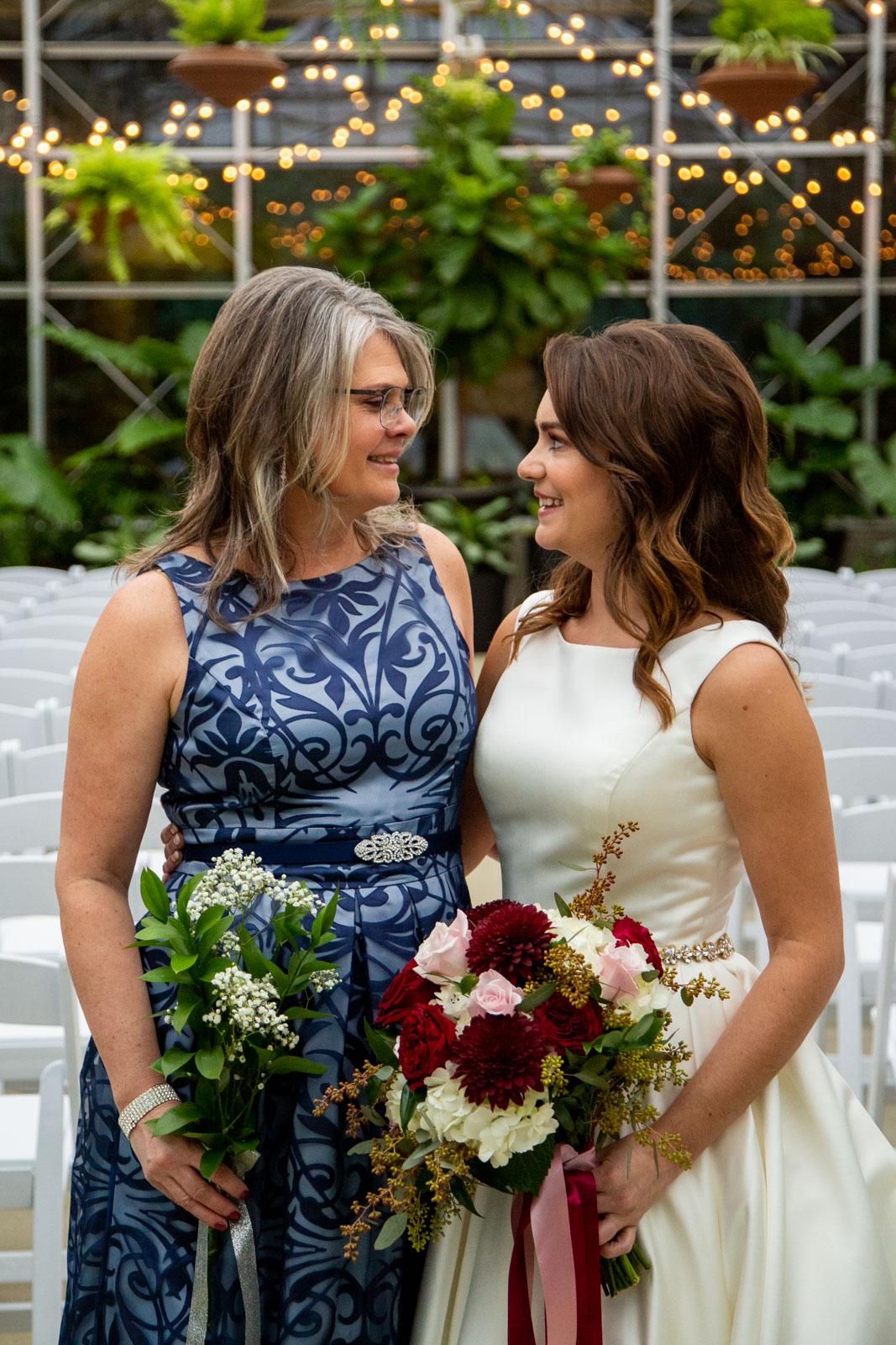 wedding at grand rapids downtown market, grand rapids wedding