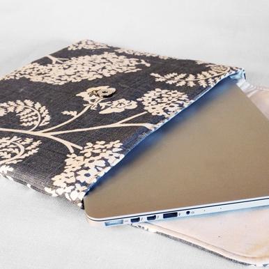 """Achillea no.2     13"""" laptop case"""