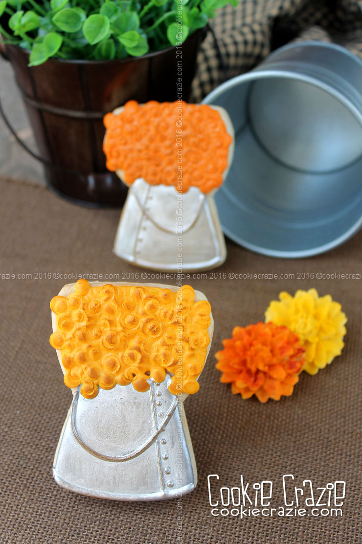Metal Bucket of Mums Decorated Cookies (Tutorial)