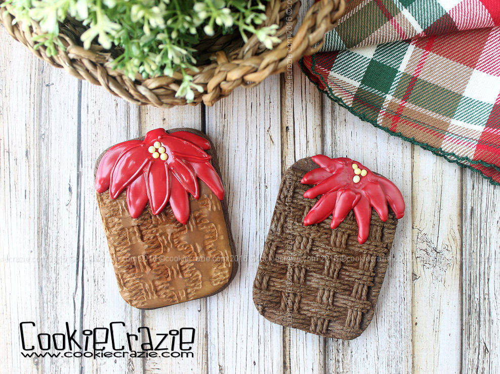 Poinsettia Basket Decorated Cookie (Tutorial)