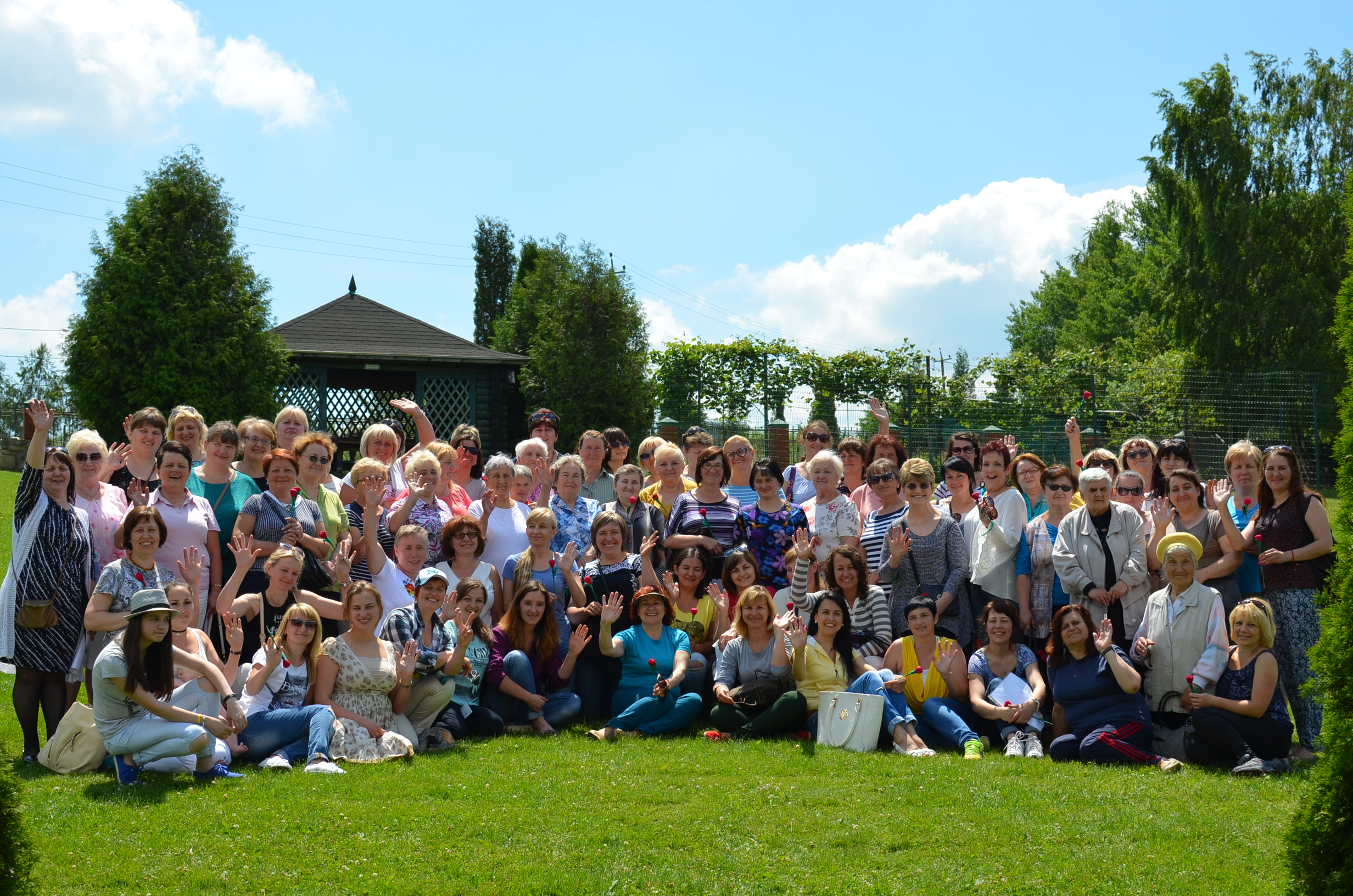 Here is most of the ladies at the women's camp right after we'd all arrived at the venue.