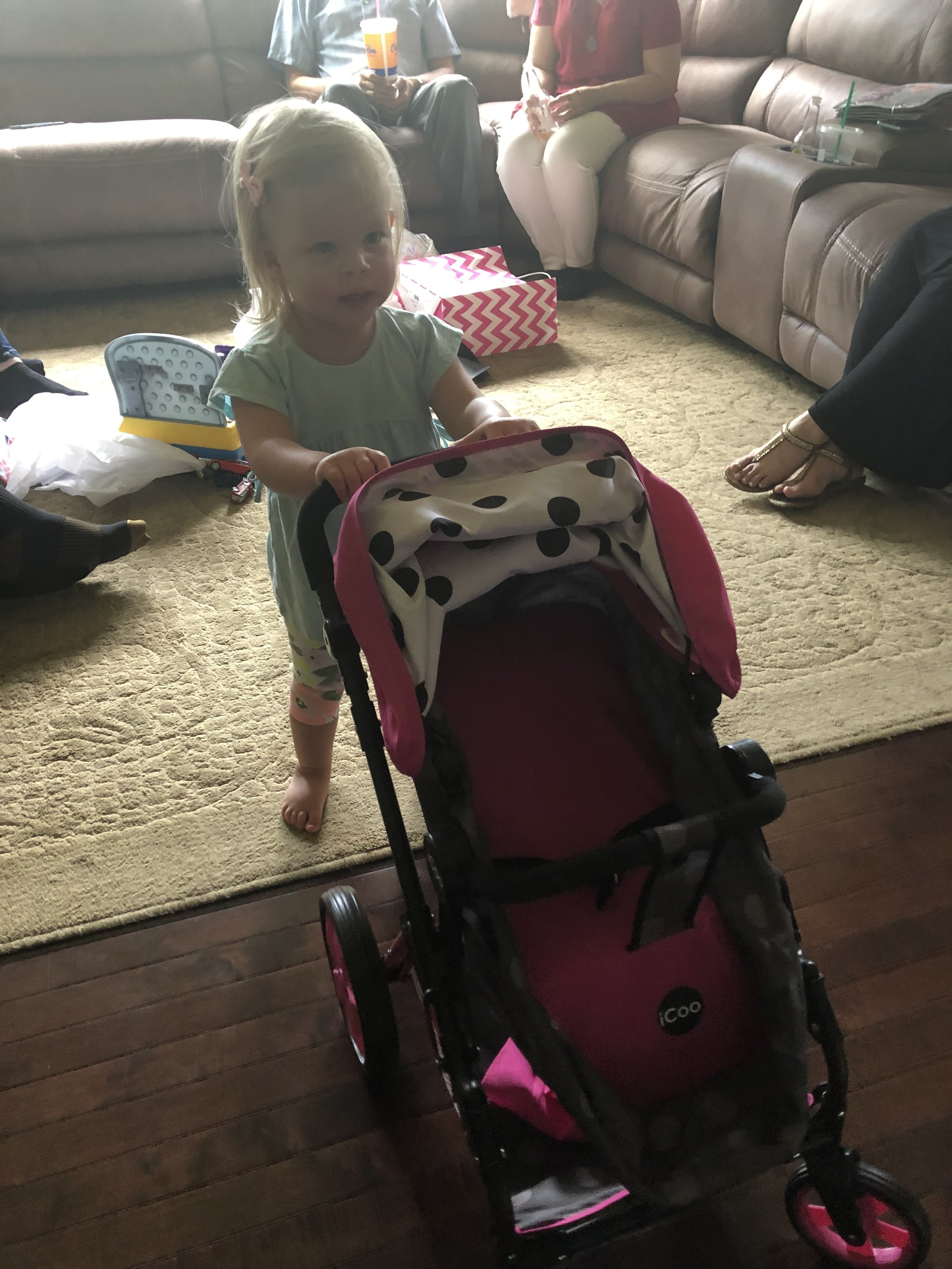 Emmy loved the doll stroller that Grandpa & Grammy got her. :) ❤️