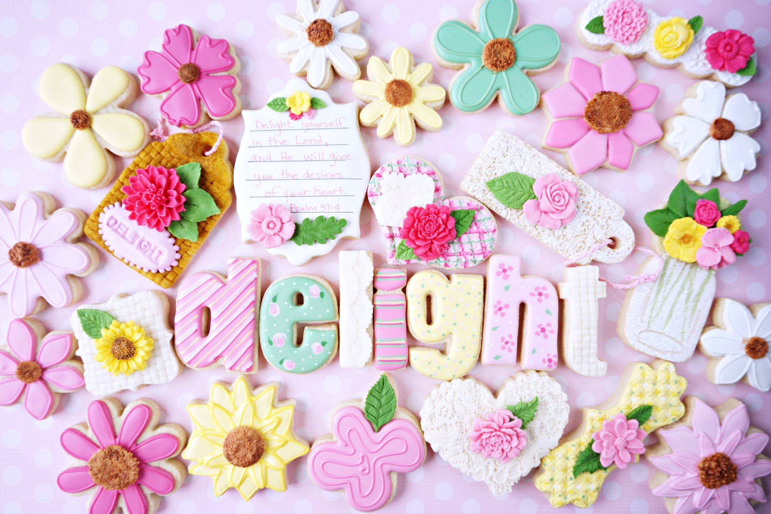 Flower Delight Decorated Cookie Collection