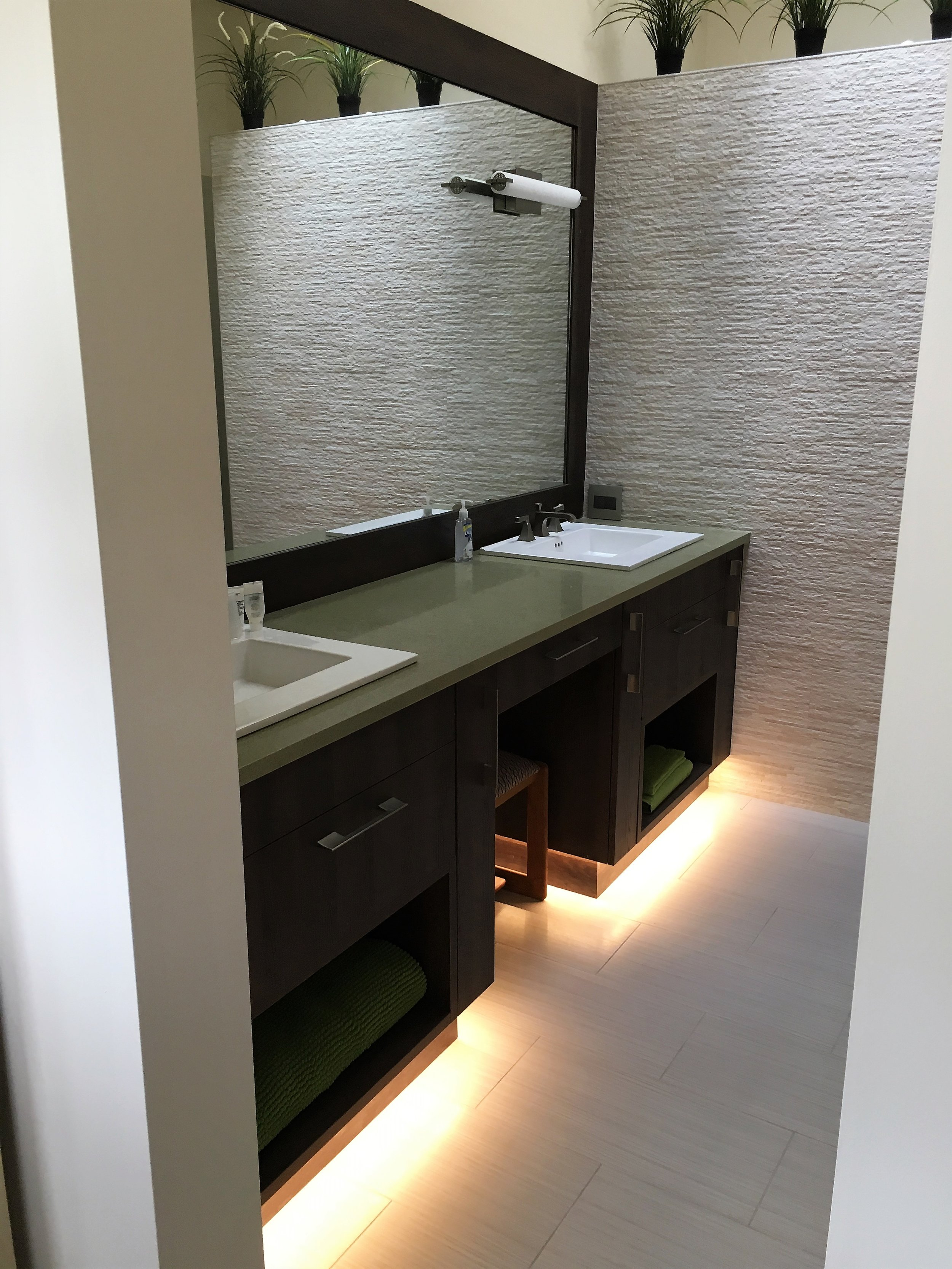 bathroom (6).JPG