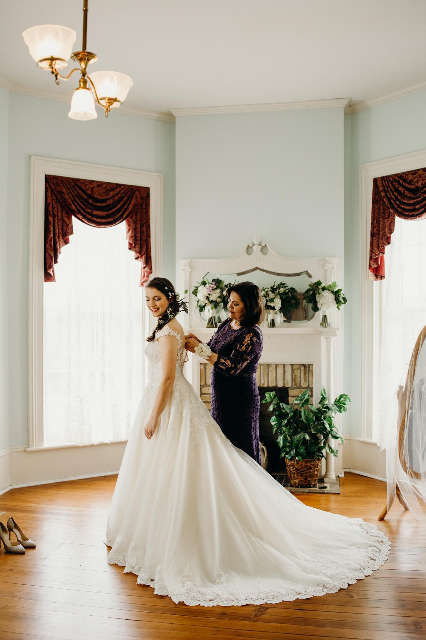 Friedrich -- Historic Home Wedding-15.jpg