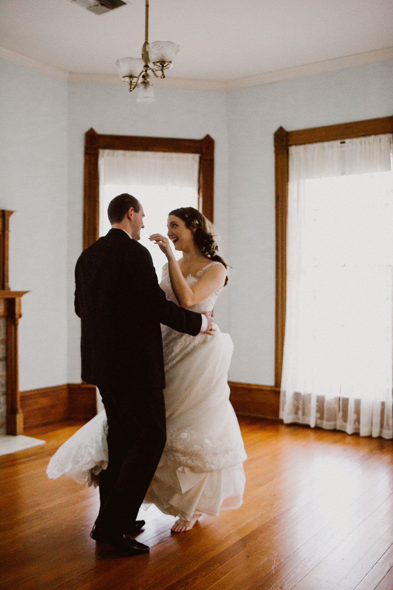 Friedrich -- Historic Home Wedding-83.jpg