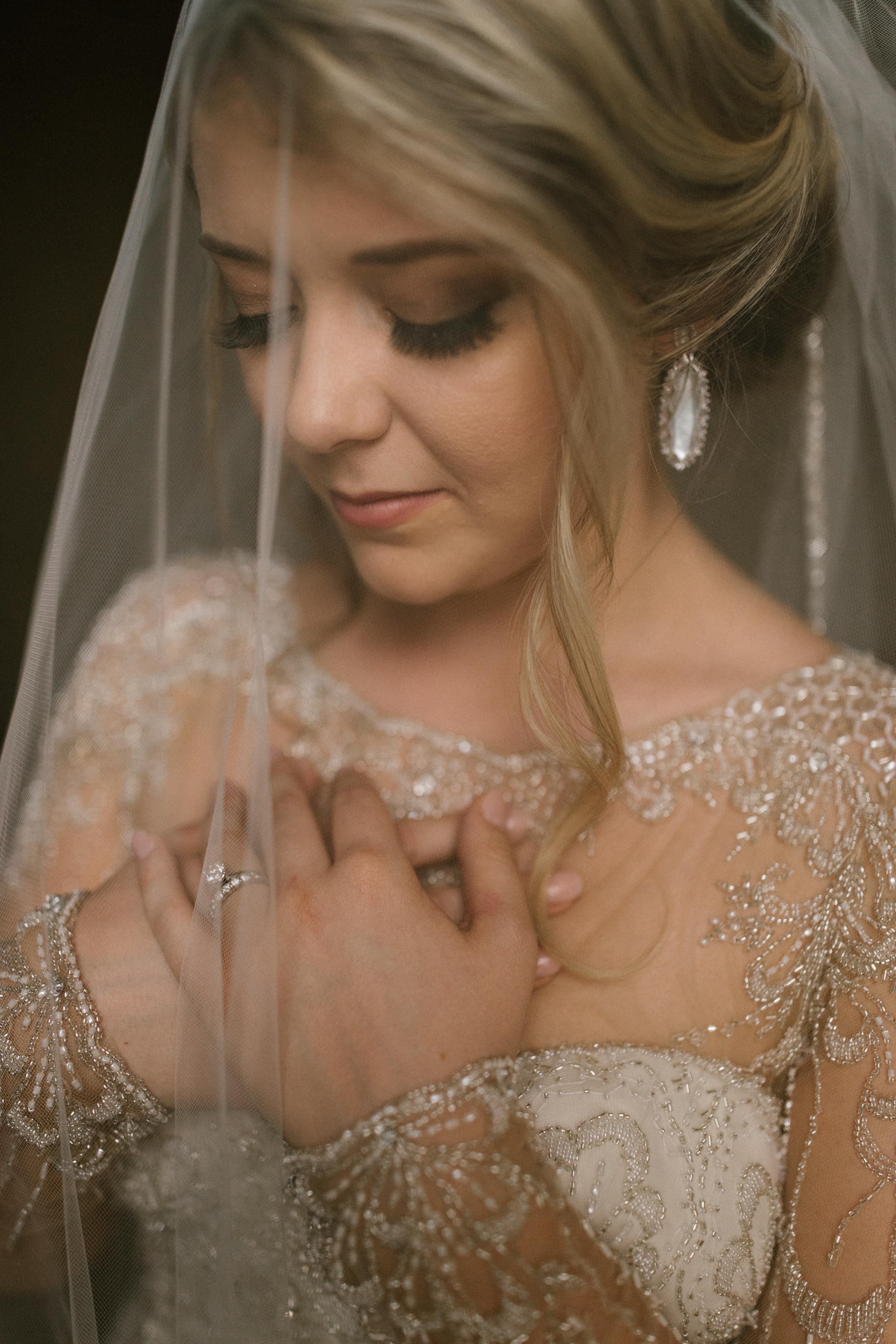 Haley L Bridals-16.jpg