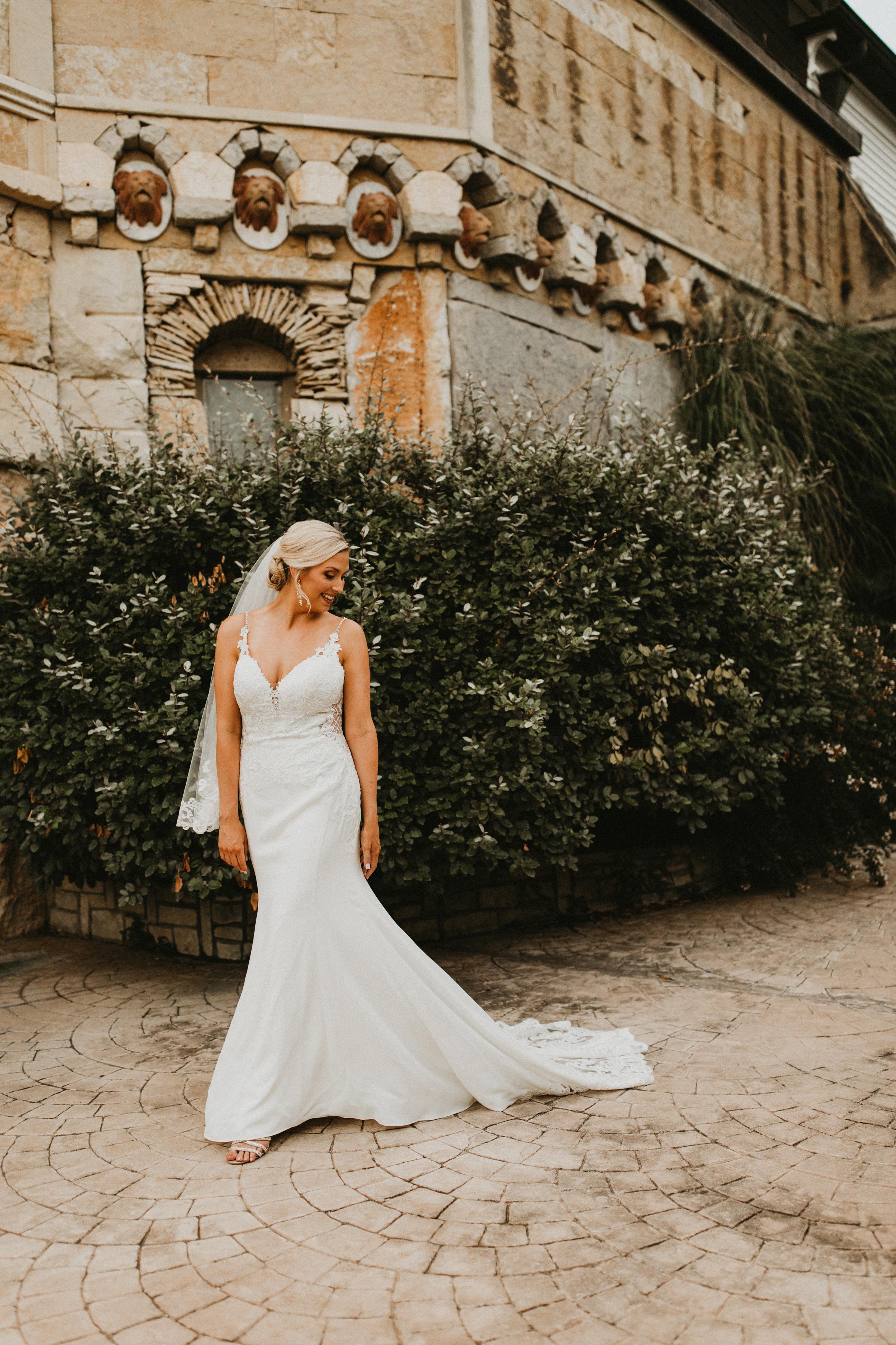 Amanda Billings Bridal Sneak Peeks-5.jpg