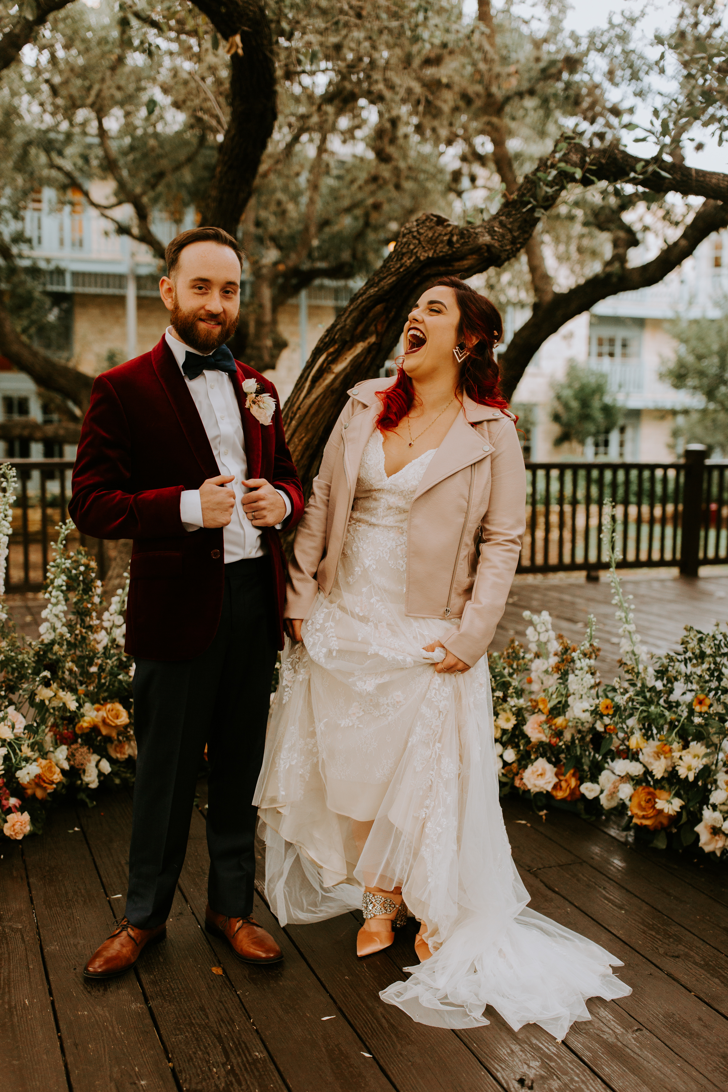 TIP #1 - Let loose on your day. Just relax & have some champagne. The best photos come from spontaneous moments of uncontrollable joy + dance parties + cracking up together. There's no reason to worry about posing or anything, just enjoy your wedding day like the best date ever & I'm third wheeling it.