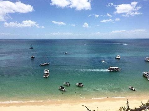 Happy Australia Day 🇦🇺🐨 | #sunburntcountry ☀️☀️😙.. missing some of this today ❤️🙌🏼.. in London; it's #freezing!! ❄️🥶 Ready to set alight the BBQ, even if it's in the rain! . . . . . . . #tangalooma #tangaloomawrecks #byron #byronbay #dreamtimebeach #kingscliff #snapperrocks #kirra #kirrapoint #kirrabeach #dbah #duranbah #casuarina #salt #saltbeach #cabarita #moretonisland #cabaritabeach #fingal #surfing #boating #hot #sun #sunny #Australia #australiaday #australiaday2019 #bbq
