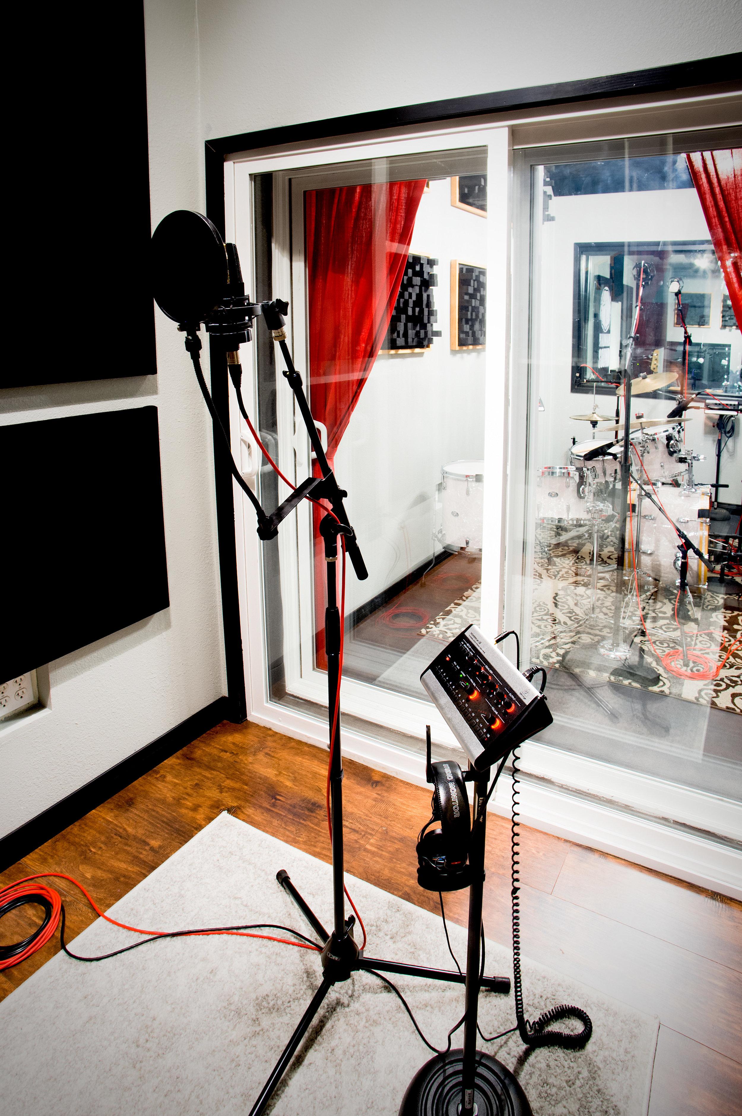 Madman Sound 5.jpg