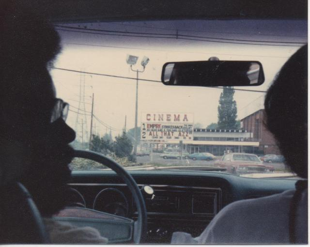Approaching the Menlo Park Twin Cinema - via CinemaTreasures.org