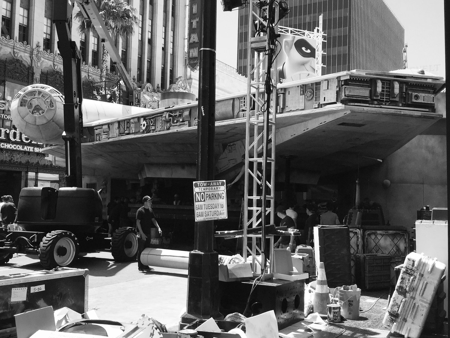 Constructing the  Millennium Falcon  on Hollywood Blvd for the SOLO Premiere