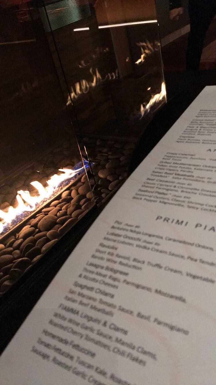 I'm all about ambience, aesthetics, and vibes. Fiamma Italian Kitchen was super authentic and had me sold. The menu was even in all Italian! Love.
