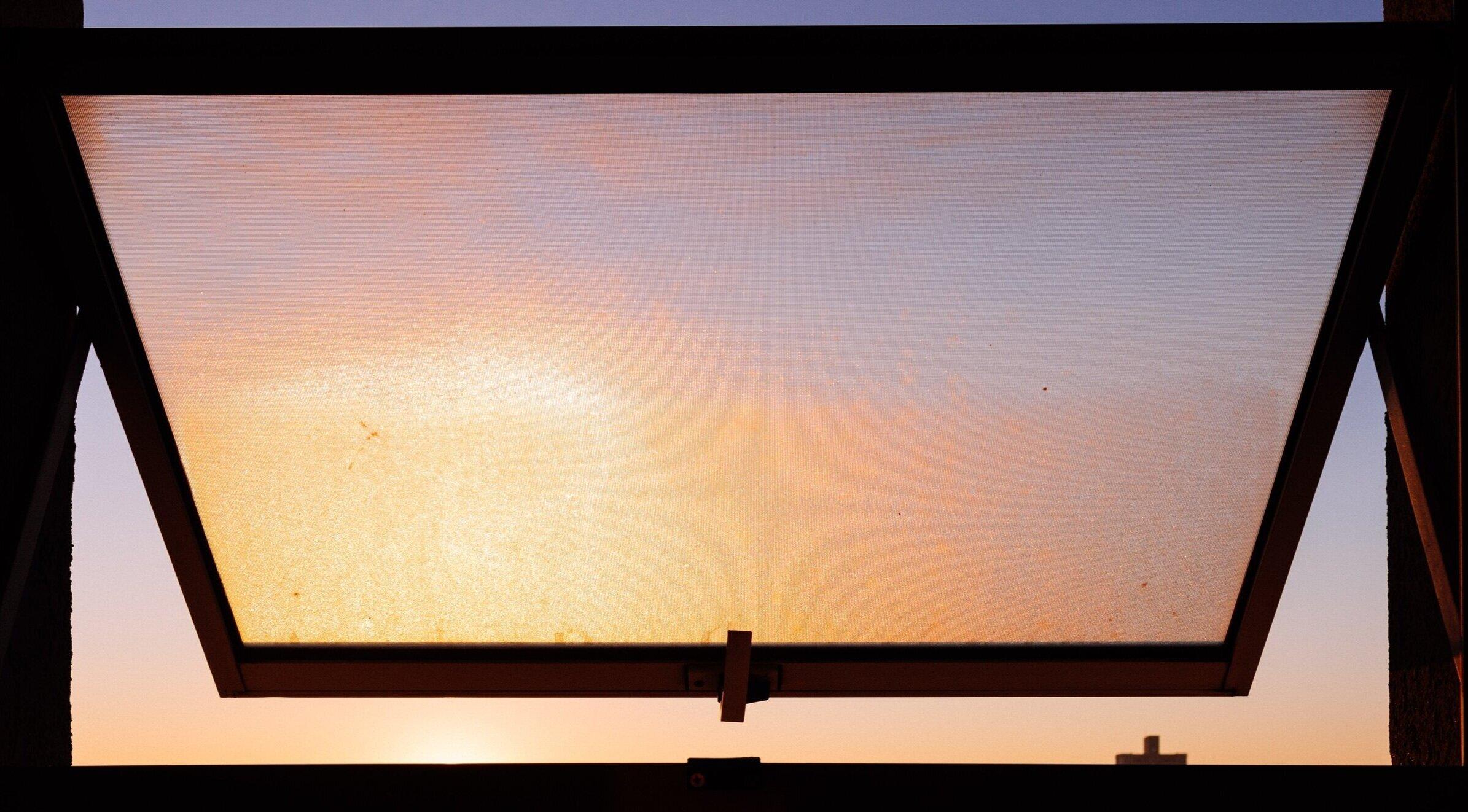 dawn-dusk-silhouette-2186260.jpg