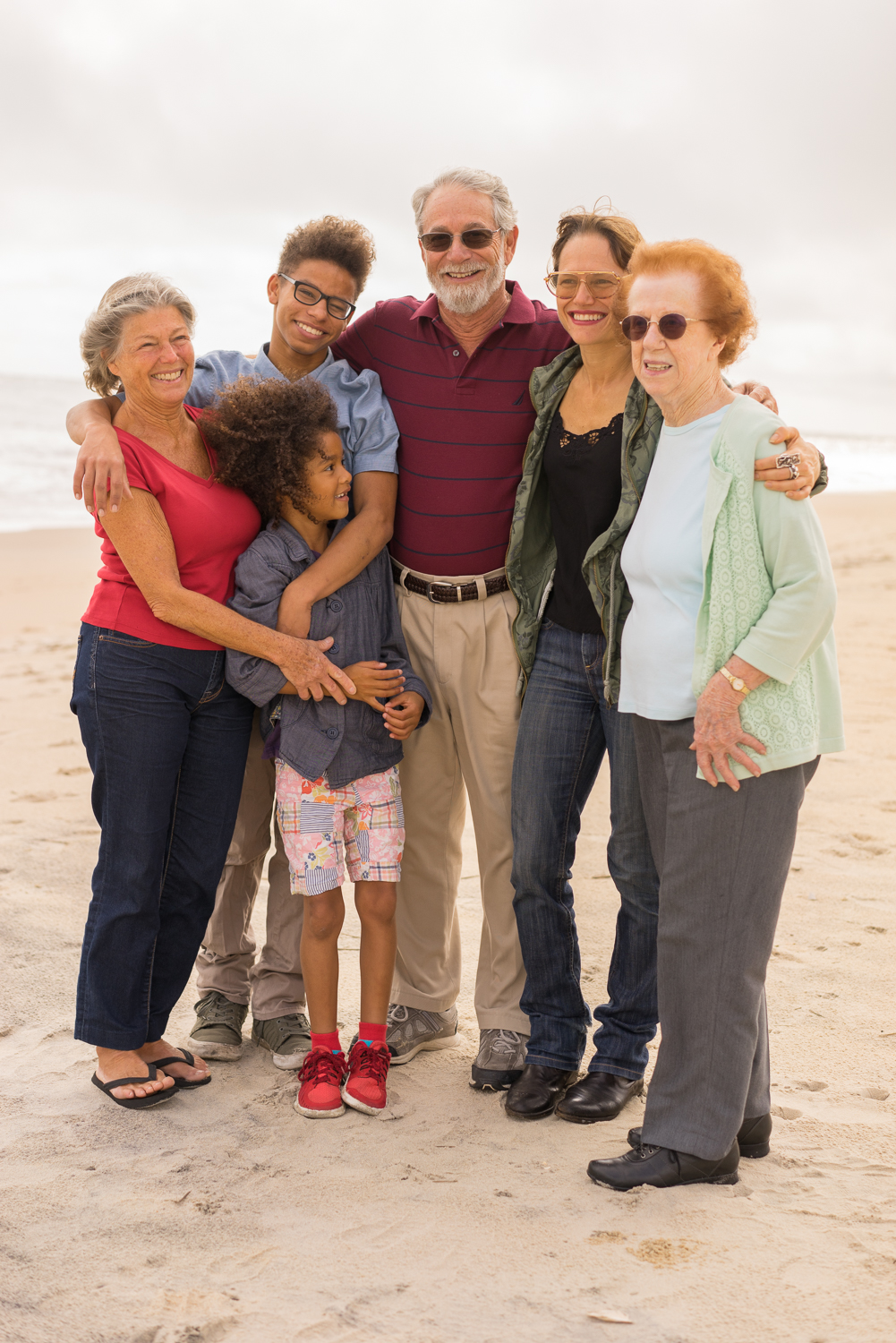 family of six on the beach-San Francisco bay area photo