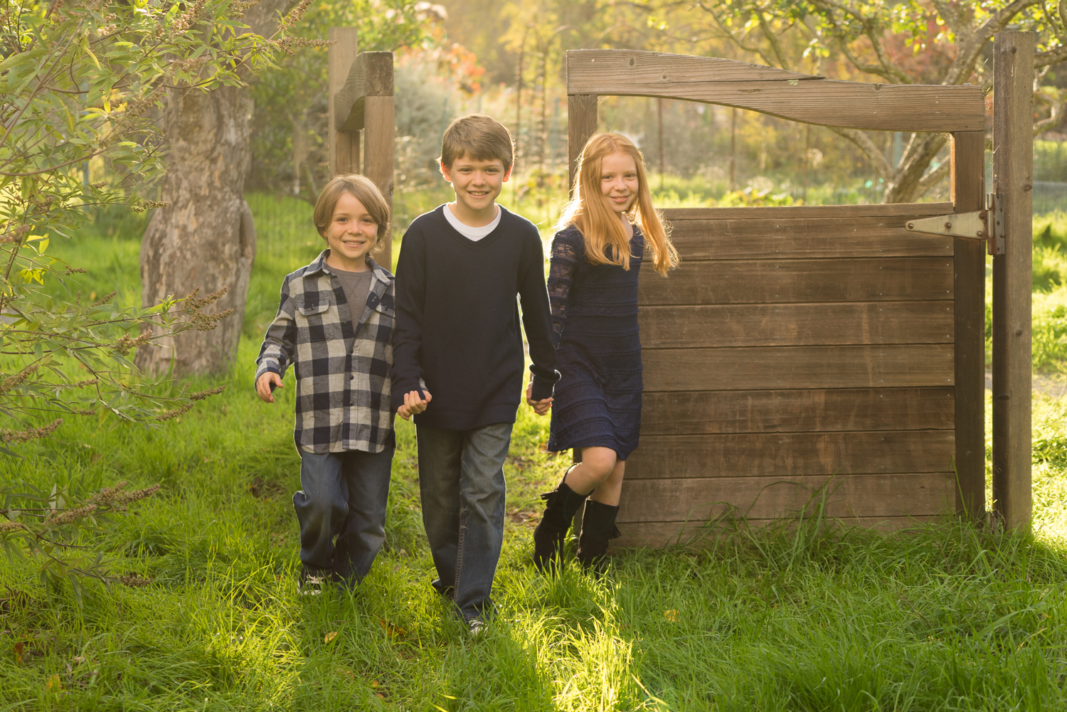 three children at the gardens-East Bay lifestyle photographer