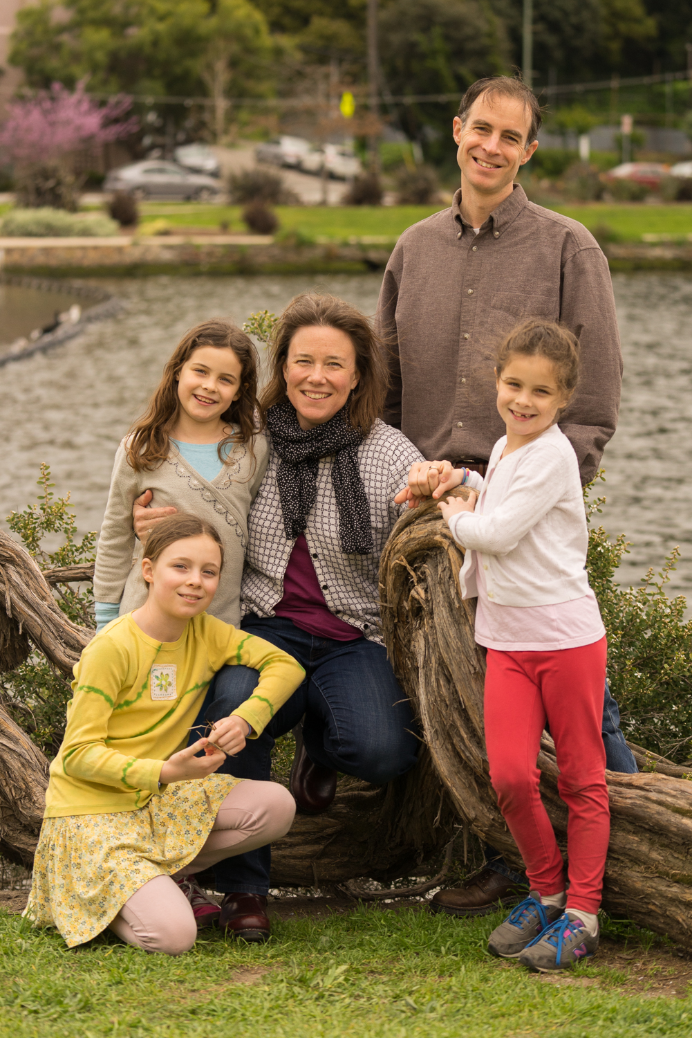 family of five with 3 daughters-Oakland photography