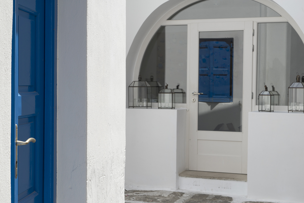 Mykonos, Greece - senior portrait photography location