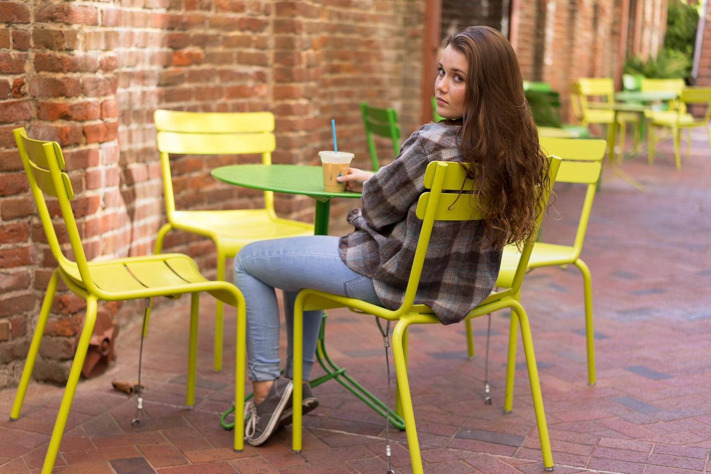 teen girl sitting outside - Oakland senior portraits
