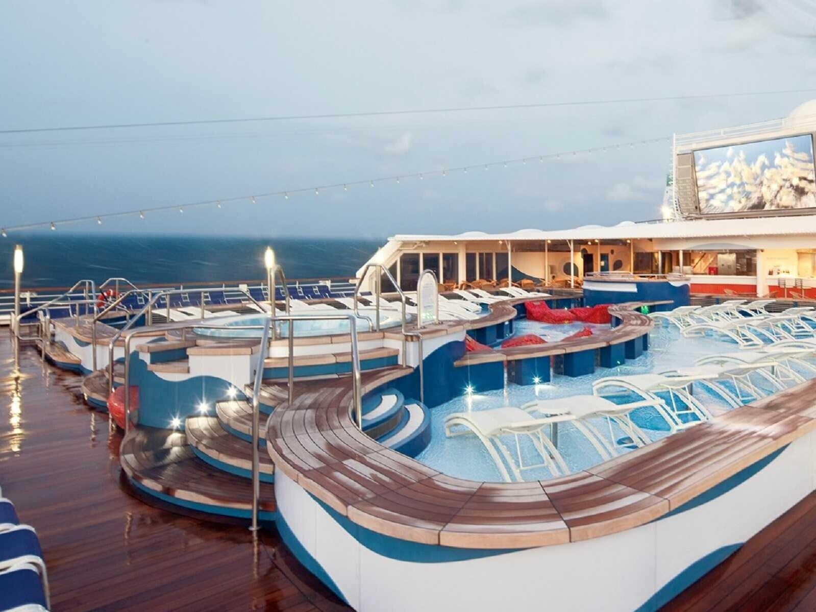 holland-america-cruises-cruise-deals-on-holland-america-rotterdam-1548100605.jpg